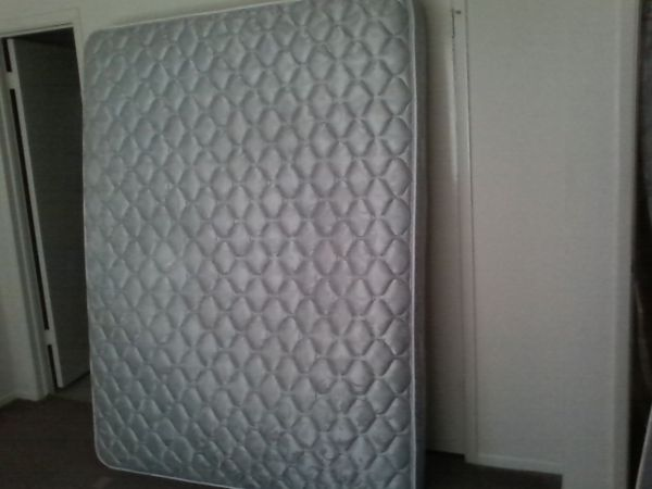 king size mattress only - $80 (Sw(Westbellfortkirkwood)