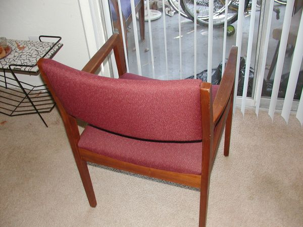 MID CENTURY MODERN Danish Design Mod Side ChairSolid Wood - $65 (Meyerland)
