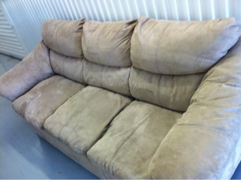 SOFA COUCH MICROFIBER BEIGE IN GREAT CONDITION - $280 (HOUSTON )