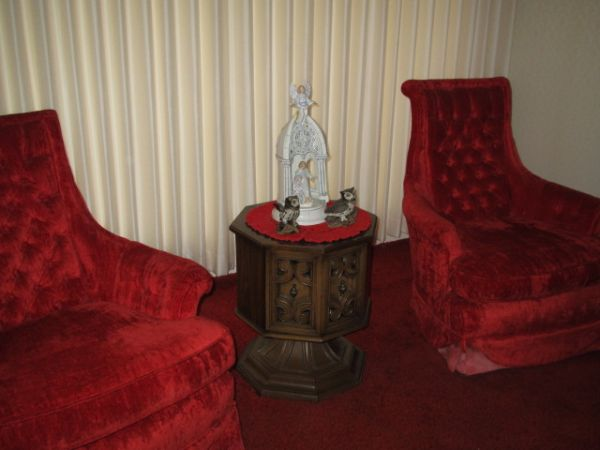 Elegant White Formal Living Room Couch and Chairs - $400 (Hobby Area)