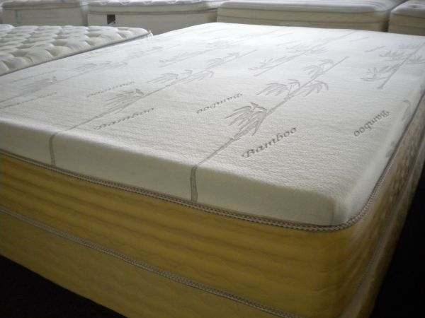 GOLDEN PEDIC BAMBOO 12 MEMORY FOAM MATTRESS SOFT, FULL SIZE  - $539 (Jackrabbit RdFM529)