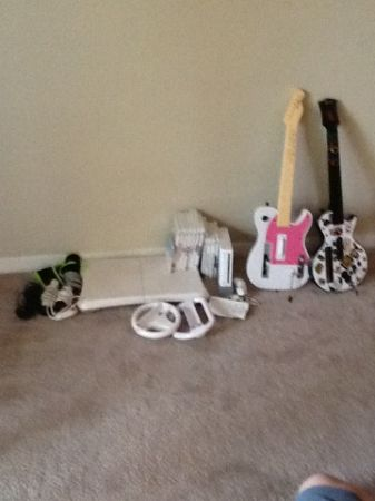 Furniture, electronics, home decor everything must go ASAP  (Galleria area)
