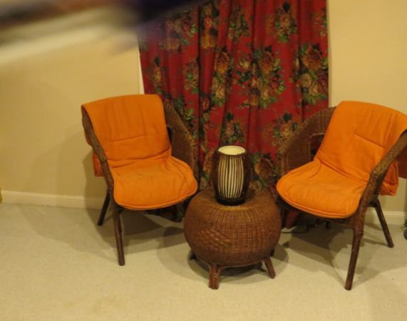 Cheap Elegant Wicker Furniture Set - $250 (Galleria)
