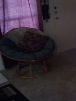 Vintage Looking Papasan Chair For Sale MUST GO - $25 (Spring)