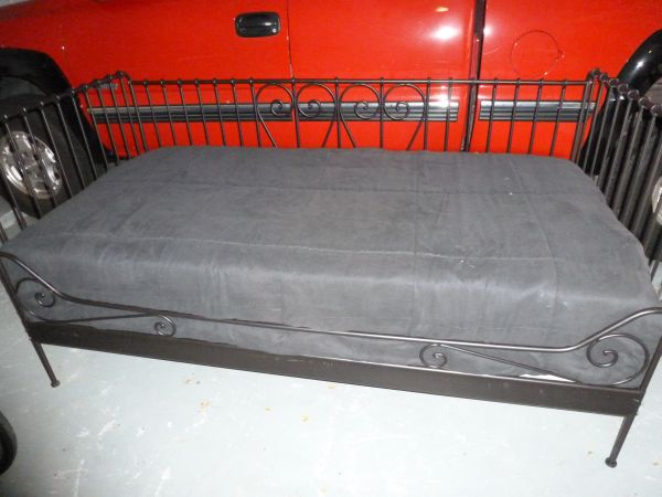 BLK METAL DAY BED NEW,BLK WOODEN TV BOOKSHELF STAND,PATIO WATER FEATUR (3718 GLENWOOD,OFF FM359,RICHMOND FT BEND)