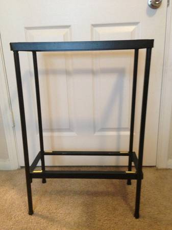 10 Gallon Aquarium stand - $20 (The Woodlands)