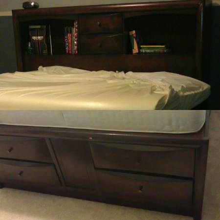 Queen size Captains Bed - $550 (Rosenberg)
