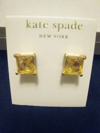 KATE SPADE Square Crystal Studs -   x0024 15  Sugar Land