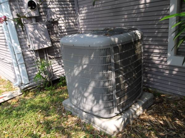 5 TON CARRIER AC SYSTEM FREON 410A MAY INSTALL WHOLE SYSTEM - $1499 (HOUSTON (610 45 SOUTH))