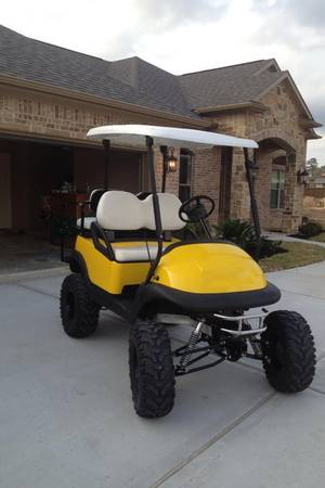 2009 Club Car Custom 10 Lifted Golf Cart - $4000 (Conroe Montgomery)