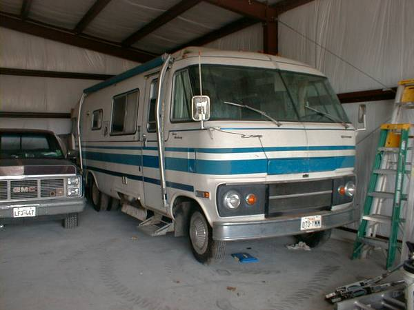Travco 270 Executive - $4500 (Highlands)