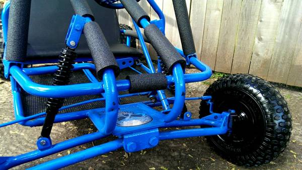 ((Blue Go Kart)) (Pearland)