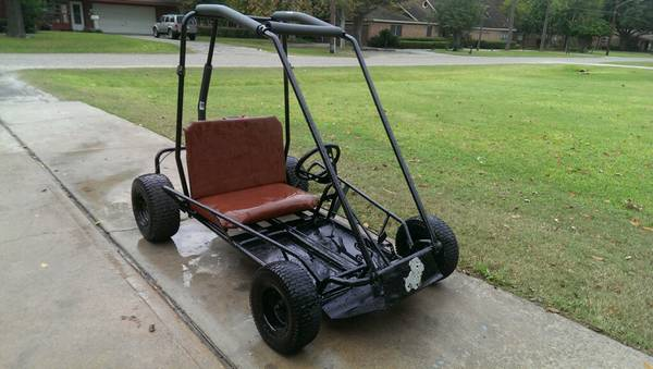 Red 2 Seater - $550 (Pearland)