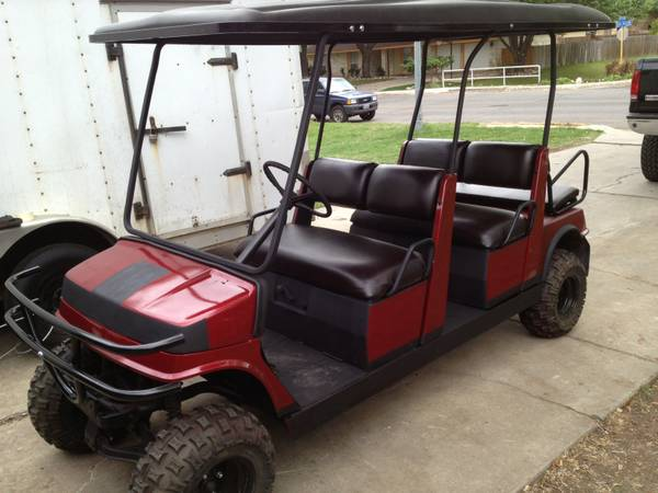 Yamaho Lifted Limo Golf cart Nice paint job Grill guard. 48 volt - $4400 (San Antonio)