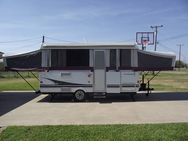 Fleetwood Sequoia 2006 need gone - $4000 (Port Lavaca)