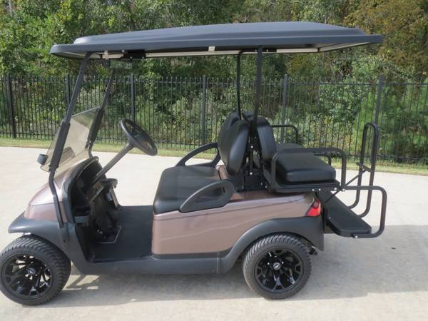 Club Cars with all NEW Batteries,rear seats lights (montgomery,lake conroe area,hwy.105)