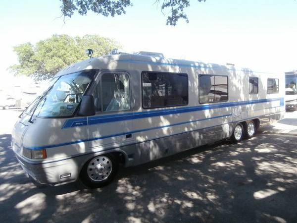 1992 36 Airstream Land Yacht-Class A Motor Home - $29000 (NW Houston)