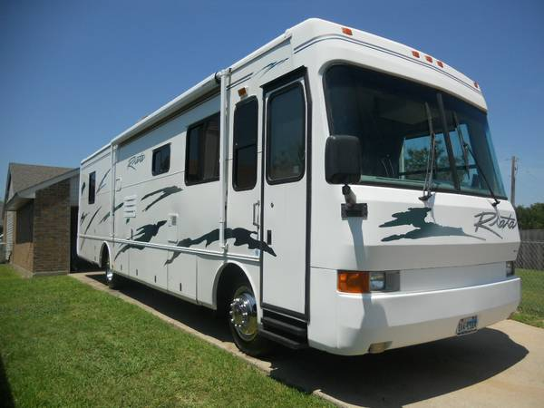 01 riata 37ft diesel pusher motorhome 2 slide out 2 ac self cont nice -   x0024 30000  mesquite tx