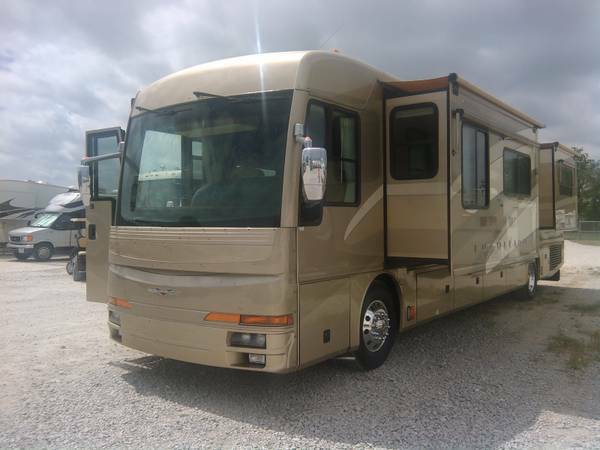 2005 40  Fleetwood American Tradition 370HP-Chris Peeler Special -   x0024 99995  Ft Worth