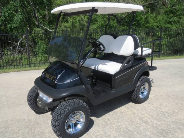 BLACK LIFTED CLUB CAR WITH NEW 2014 BATTERIES - 2010 MODEL (montgomery,lake conroe area,hwy.105)