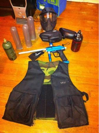 Kaos paintball gun - $300 (Houston,tx)