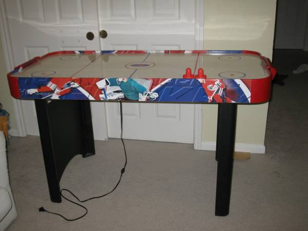 Air Hockey table - $20 (Houston NW)