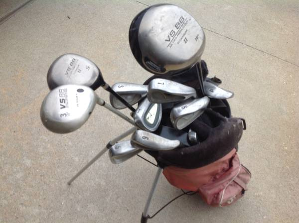 Golf Club Set Irons, Driver,Woods, and bag - $49 (Westheimer and Dairy Ashford)