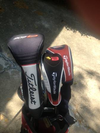 TITLEIST Irons and Driver, TAYLOR MADE Woods COMPLETE SET - $420 (Memorial)