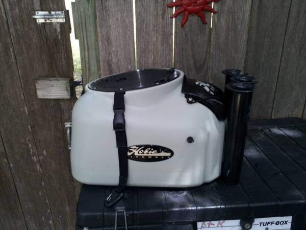 Hobie live well with new Hobie battery charger - $225 (Houston)