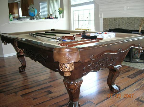 BRAND NEW HAND  CARVED NAPOLES POOL TABLE SOLID WOOD  - $1650 (HOUSTON POOL TABLE KING WAREHOUSE )