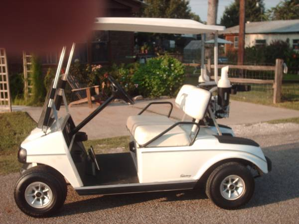 DS Club Car Golf Cart 48 volt, lights, ball washer sand bottles - $1400 (Willis N Side of Lake Conroe)
