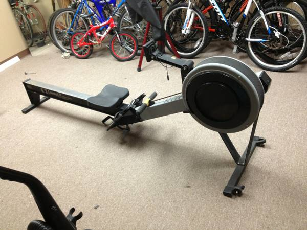 Concept 2 Indoor Rowing Machine Great condition - $699 (BaytownHighlands)
