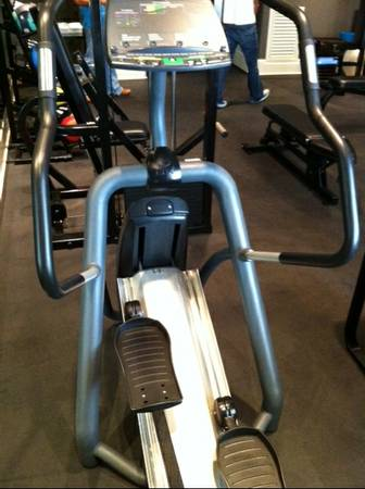 ELITE FX Fitness Equipment - Precor EFX 546 Elliptical Cardio Machine - $1997 (West URice Village)