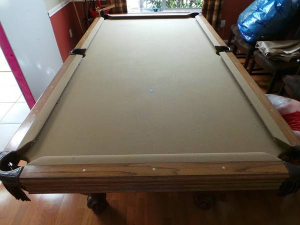 Olhausen 8 foot pool table - $800 (beltway45 south)