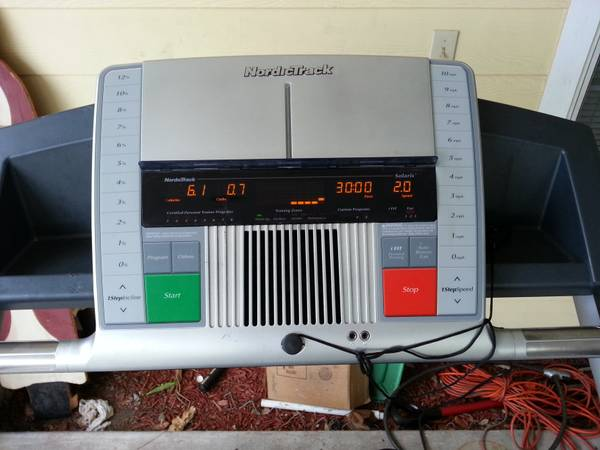 NORDIC TRACK C2100 TREADMILL - $300 (61059 north)