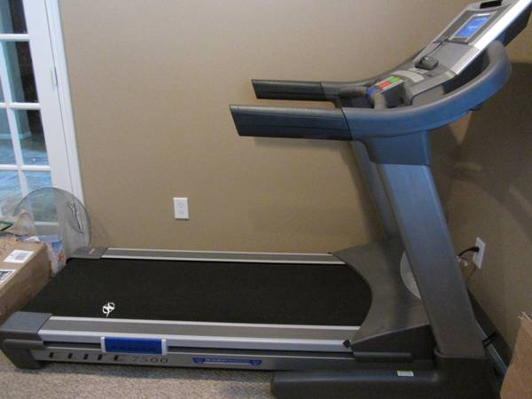 NordicTrack Elite 7500 Treadmill - $950 (La Porte, Deer Park, Pasadena, Houston)