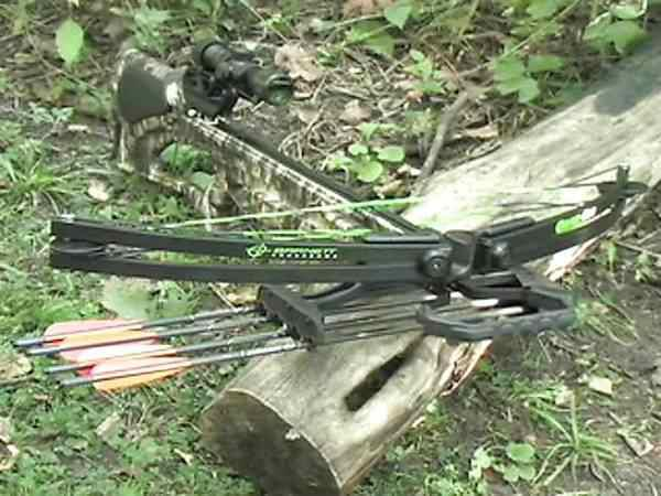 $300, Barnett Quad 400 Crossbow with extras LIKE NEW