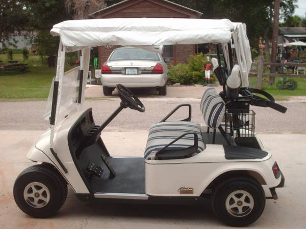 EZ-Go Freedom PDS Golf Cart with Feb 2012 batteries - $2000 (Willis N Side of Lake Conroe)