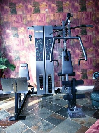 WEIDER CLUBS C4800 WEIGHT MACHINE - $50 (Conroe,Texas)