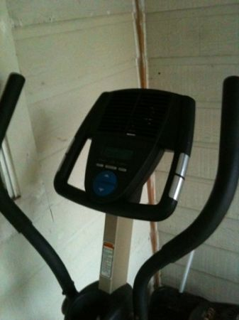 ProForm XP 420 Razor Elliptical - $100 (Galleria area)