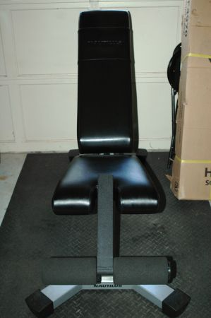 Nautilus Weight Bench - $175 (The Woodlands)
