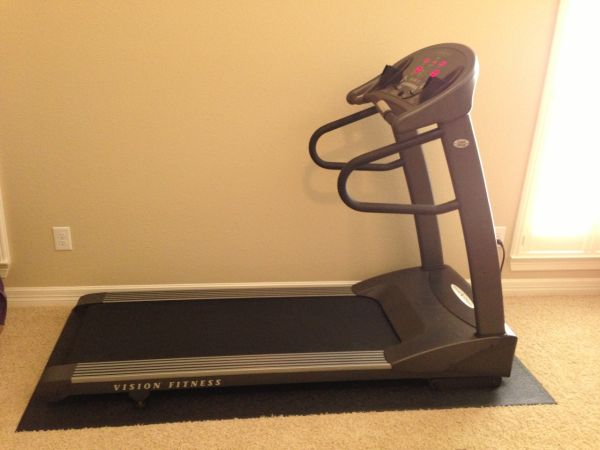 Vision Fitness T9500 Treadmill with Deluxe Console - $600 (Cinco Ranch, Katy, TX)