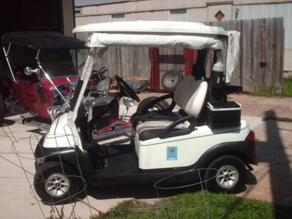 08 Club Car Prescendent Golf Cart, 011 Trojan Batteries - $2200 (Willis N Side Lake Conroe)