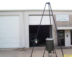 WINCH UP DEER FEEDER - $499 (NW HOUSTON)