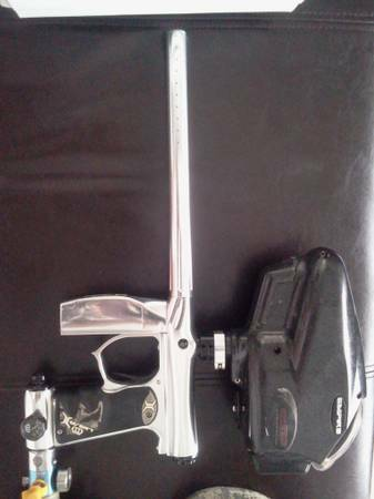 Invert Mini paintball gun limited edition black,chrome and extras - $500 (sw)