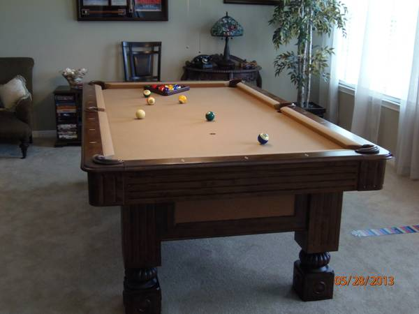 King Heritage 8 Ft Slate Pool Table - $1600 (League City, TX)