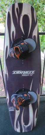 SUPER DEAL  OBRIEN AMBUSH 143cm WAKEBOARD W AMBUSH BINDINGS - $135 (MAGNOLIA, TX)