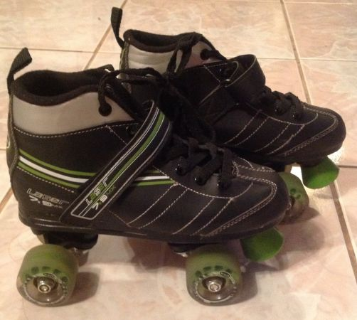 ROLLER DERBY SKATES FOR BOYS  ROLLERBLADES FOR GIRLS - $10 (NW Houston, HIGHLANDS,BAYTOWN)