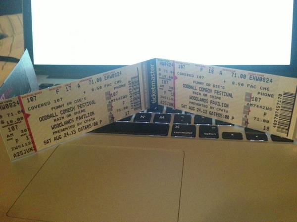 2 FRONT ROW TICKETS TO DAVE CHAPPELLE - FACE VALUE (COVERED) - $100 (MIDTOWN (CAN MEET ANYWHERE PUBLIC))
