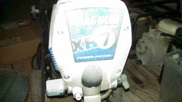 magnum xr7 airless paint sprayer - $160 (kemah)